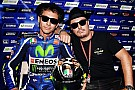 Valentino Blues Brothers, el casco dedicado a la carrera de casa: ¡Sweet Home Misano!