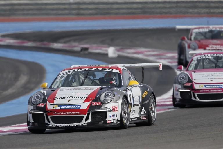 Egészen elképesztő befutó a Porsche Carrera Kupában: mit műveltek?!