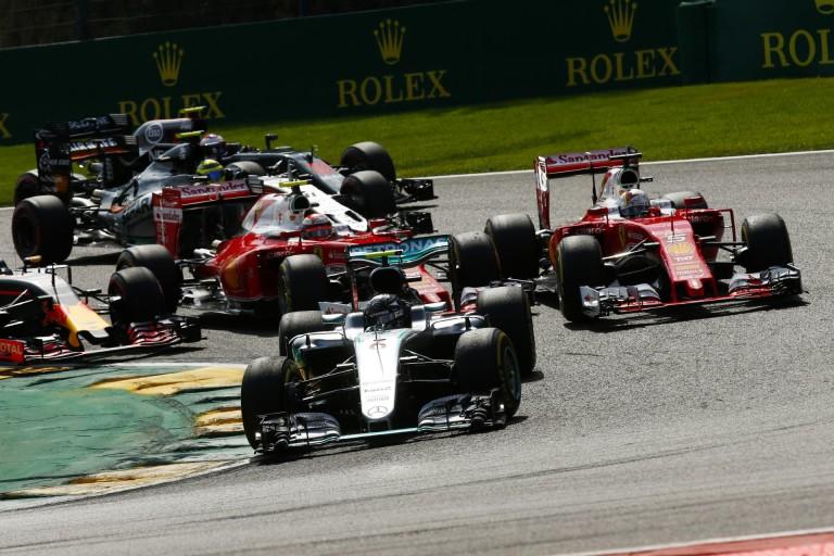 Räikkönen és Vettel a Verstappen-ügyről: ez nem személyeskedés