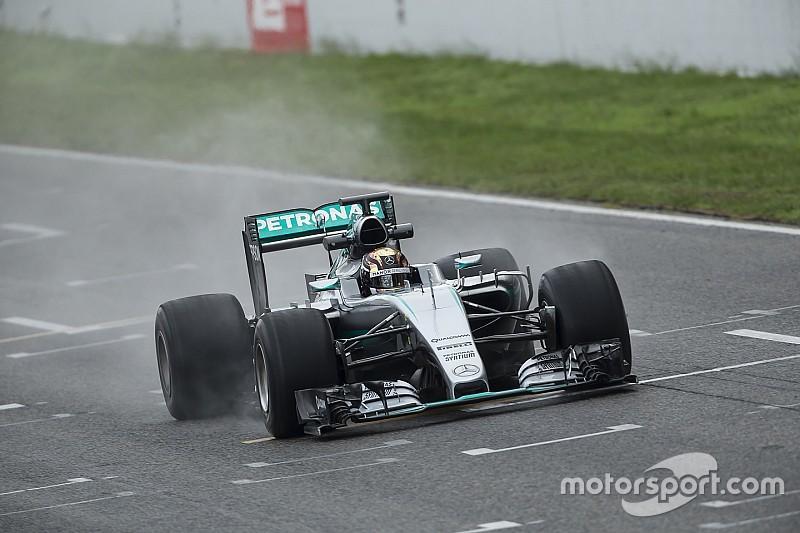 Slotdag Mercedes-test met 2017-banden valt in het water