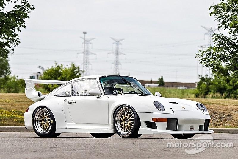 Une porsche 911 GT2 Evo estimée à 1,6 million d'euros