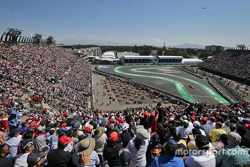 Grid start balapan GP Meksiko 2016