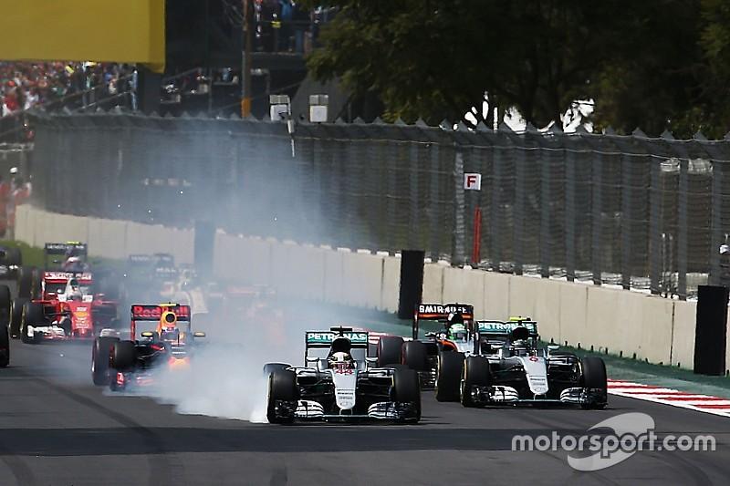 """Hamilton: """"Geen voordeel gehad van afsnijden bocht 1"""""""