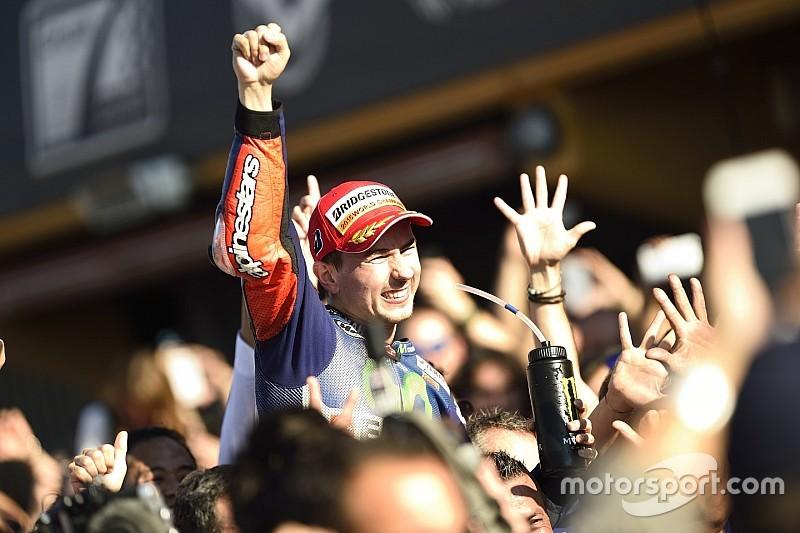 Lorenzo empieza a despedirse de Yamaha a través de las redes sociales