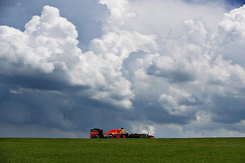 Verstappen y Ricciardo llaman a la lluvia para influir en la lucha por el título