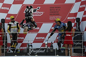 Moto2 Reporte de la carrera El bicampeón Zarco se despide de Moto2 a lo grande