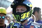 Fan spant zaak aan tegen Rossi na incident in paddock Valencia