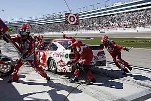 NASCAR Cup Feature Ein NASCAR-Boxenstopp in Zeitlupe