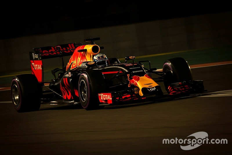 "Horner: ""Ricciardo kan er een spannende laatste race van maken"""
