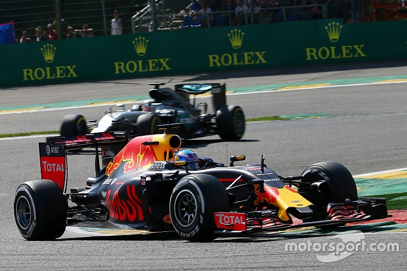 Риккардо отказался считать новый регламент концом эпохи Mercedes