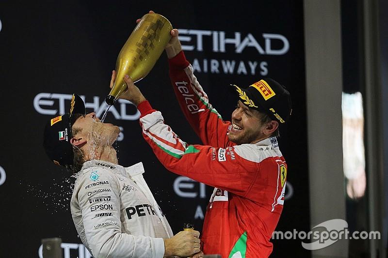 """Vettel dice que """"debería estar claro"""" que él no va a sustituir a Rosberg"""