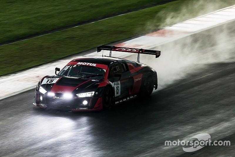 12h Sepang: Doppelführung für Audi bei Rennhalbzeit