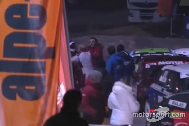 VÍDEO: Após acidente, Panis briga com filho de Tambay