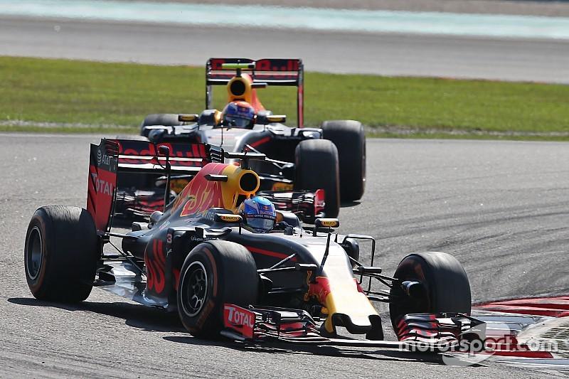 Ricciardo não vê problema em disputa interna com Verstappen