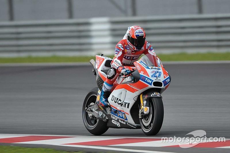 Stoner geber motor anyar Ducati di Sepang