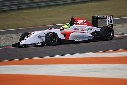 Mick Schumacher vence duas vezes na Índia