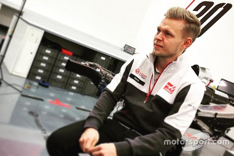 Hoppácska: Magnussen céges Maseratija!