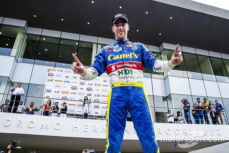 Rubén García Jr. obtiene la primera pole de la temporada