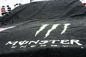 NASCAR Cup News Regen in Martinsville: NASCAR-Tabellenführer Larson startet ganz vorn