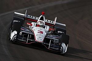 IndyCar Новость Кастроневес выиграл поул в Финиксе с рекордом трассы, Алешин седьмой