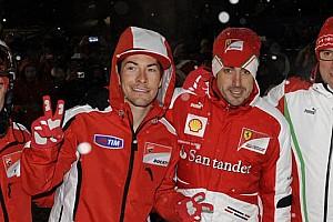 IndyCar Noticias de última hora Alonso llevará a su amigo Hayden en el casco durante la Indy 500