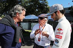 Forma-1 BRÉKING Jackie Stewart a versenybírói rendszer megváltoztatását sürgeti az F1-ben