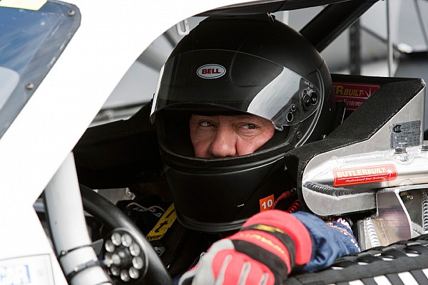 NASCAR veteran Ken Schrader to tackle Eldora Truck race