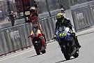Diaporama - Rossi et Márquez ont chacun 33 victoires avec Honda