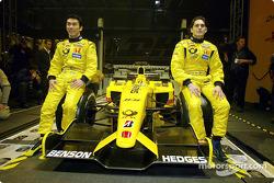 Takuma Sato y Giancarlo Fisichella con el nuevo Jordan Honda EJ12