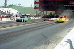 Funny Car final