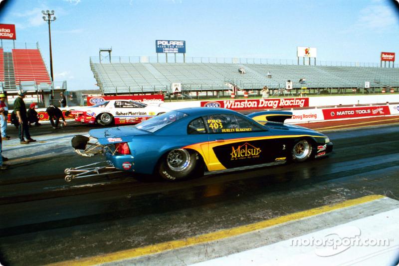 Hurley Blakeney (Mustang) lines up against the Reher-Morrison car
