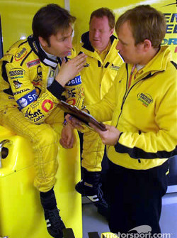 Heinz-Harald Frentzen and engineers