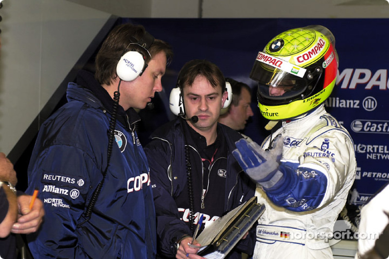 Ralf Schumacher with his engineers