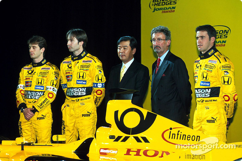 Jarno Trulli, Heinz-Harald Frentzen, Eddie Jordan y Ricardo Zonta