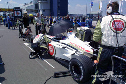The starting grid: Jacques Villeneuve