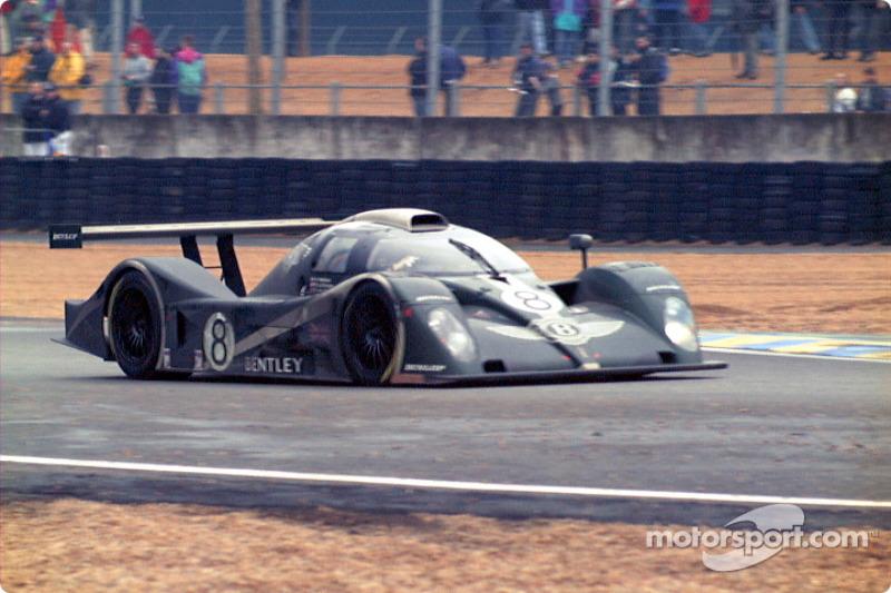 Bentley exiting Dunlop