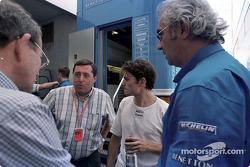 Christian Contzen, Patrick Faure, Giancarlo Fisichella y Flavio Briatore