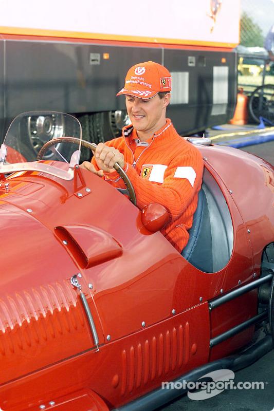 Michael Schumacher al volante del 375 F1