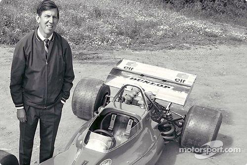 Presentación Tyrrell 001