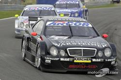 Uwe Alzen, Warsteiner AMG Mercedes, Mercedes-Benz CLK-DTM; Bernd Schneider, D2 AMG Mercedes, Mercedes-Benz CLK-DTM
