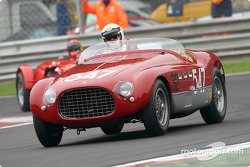 Umberto Camellini en el Ferrari 340 MM de 1953