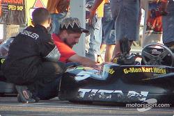 Ricky Keisler's crew makes some last minute checks on Junior Sportsman-1 Lite's grid