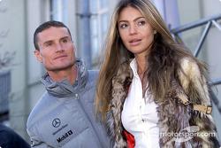 David Coulthard y su novia Simone