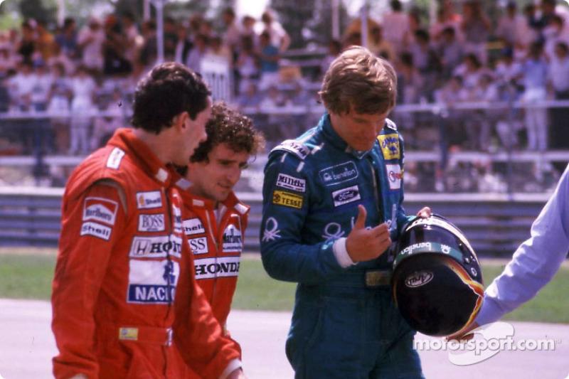 Tras la carrera: Ayrton Senna, Alain Prost y Thierry Boutsen