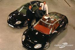 Maarten de Bruijn, Peter Kox and Victor Muller with the Spyker C8 Spyder and Spyker C8 Laviolette