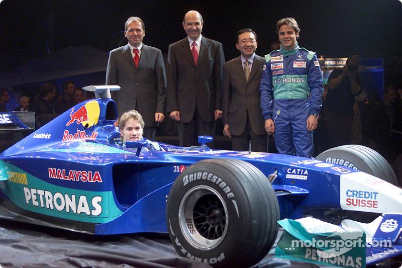 Peter Sauber, Nick Heidfeld and Felipe Massa presenting the new Sauber Petronas C21