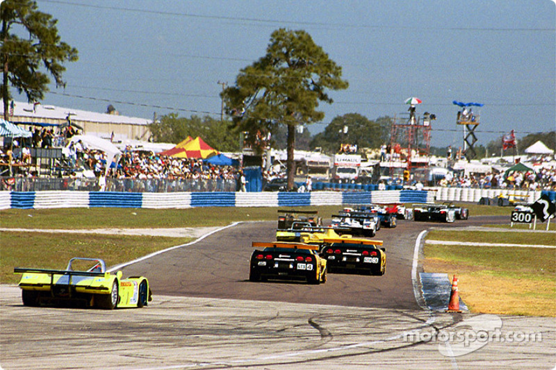 First lap: the 60-car field