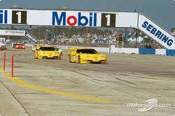 The two Team Corvette Chevrolet Corvette C5-R
