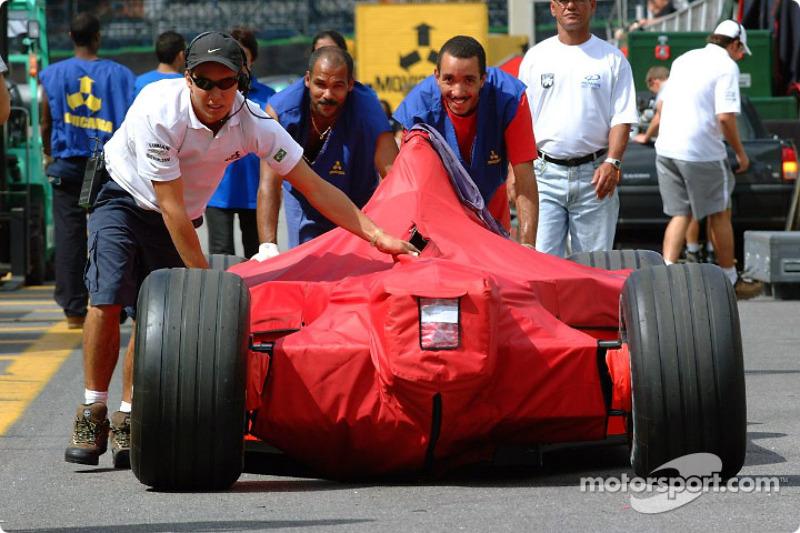 Ferrari empujado