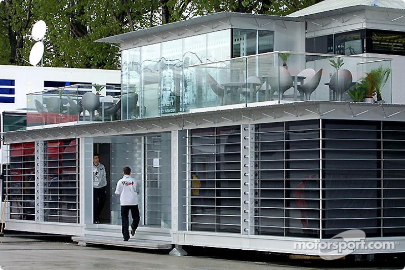Le Centre de Communications de McLaren Mercedes